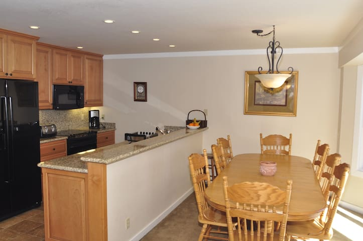 4 bedroom Condo in Squaw Valley - Olympic Valley - Casa