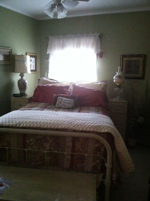 2nd, main floor guest bedroom,