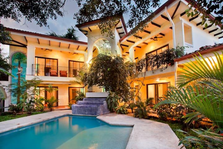 Playa Grande Park Rooms