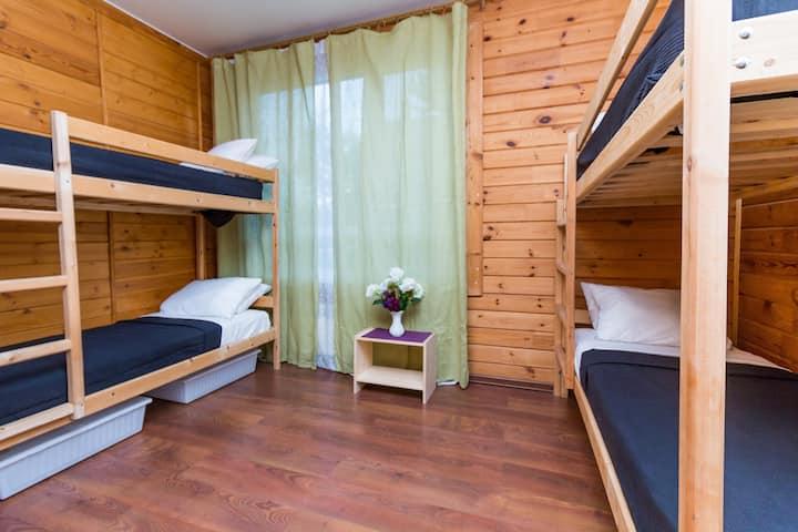 Hostel EXPO (общий номер на 4 человека-2)