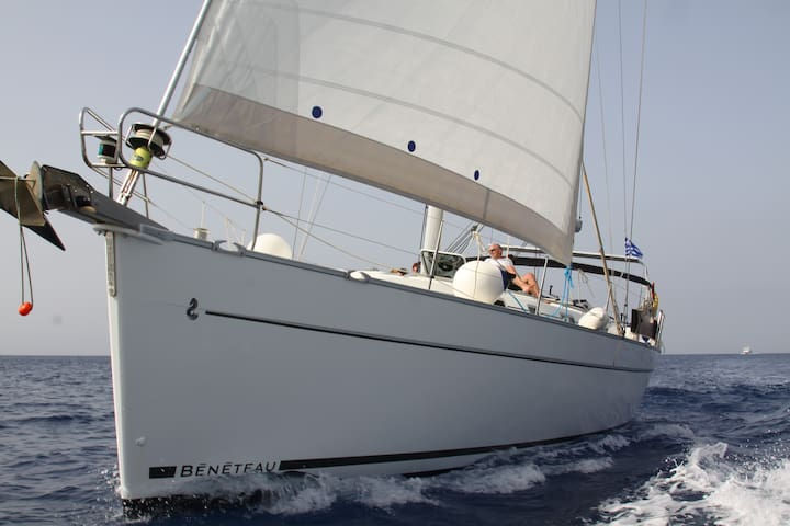 Sailing holidays with skipper in Ionian Greece