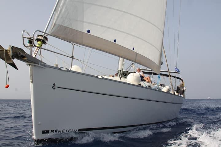 Barca a vela in Grecia con skipper