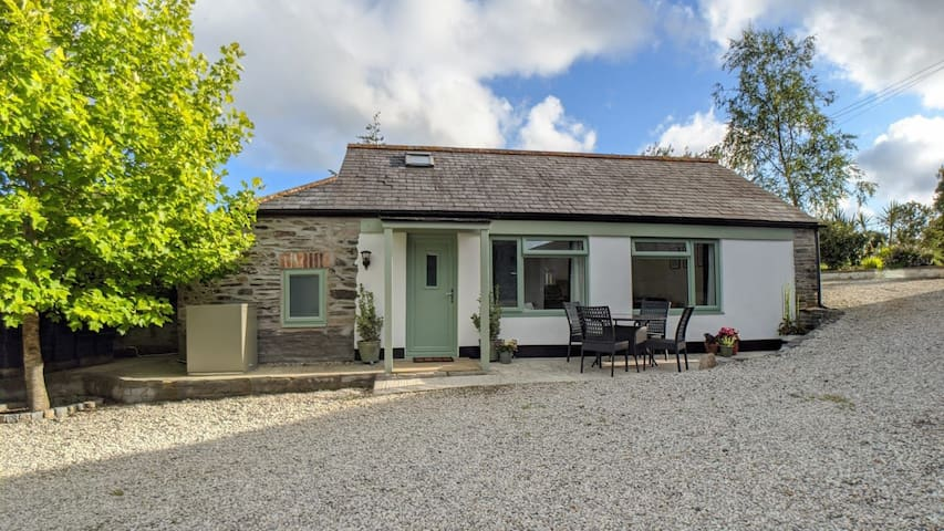 Little Forge Cottage - Cornish Smallholding Escape