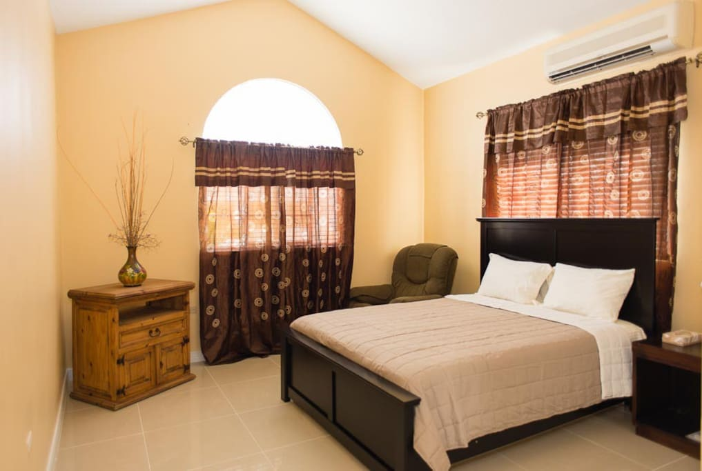 Houses For Rent In St. Catherine