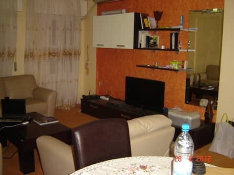 Fully lux furnished Flat in Tripoli