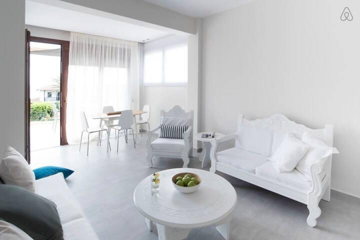 Bouganvillia - Sweet Orange - Psakoudia - Casa
