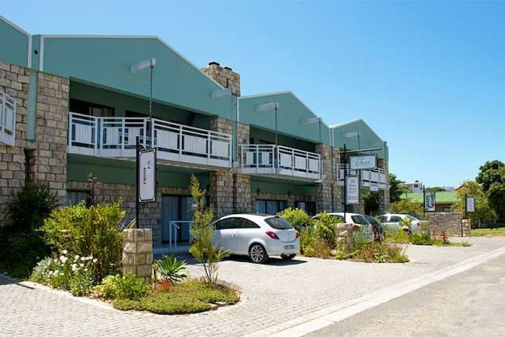 Osler Place Stilbaai Self-catering Unit A