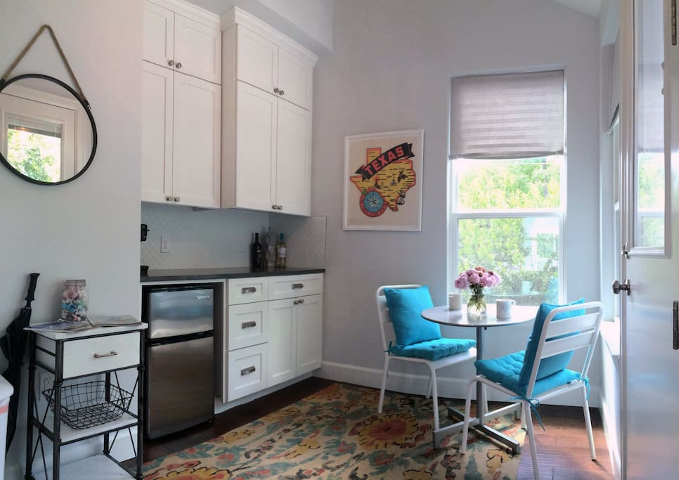 Comfortable kitchenette with a breakfast nook