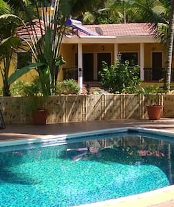 Fernlodge ,relaxing Homestay, Majorda, - Appartement