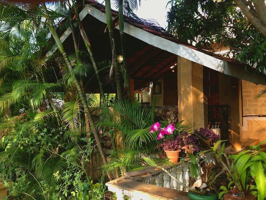 Cozy front verandah