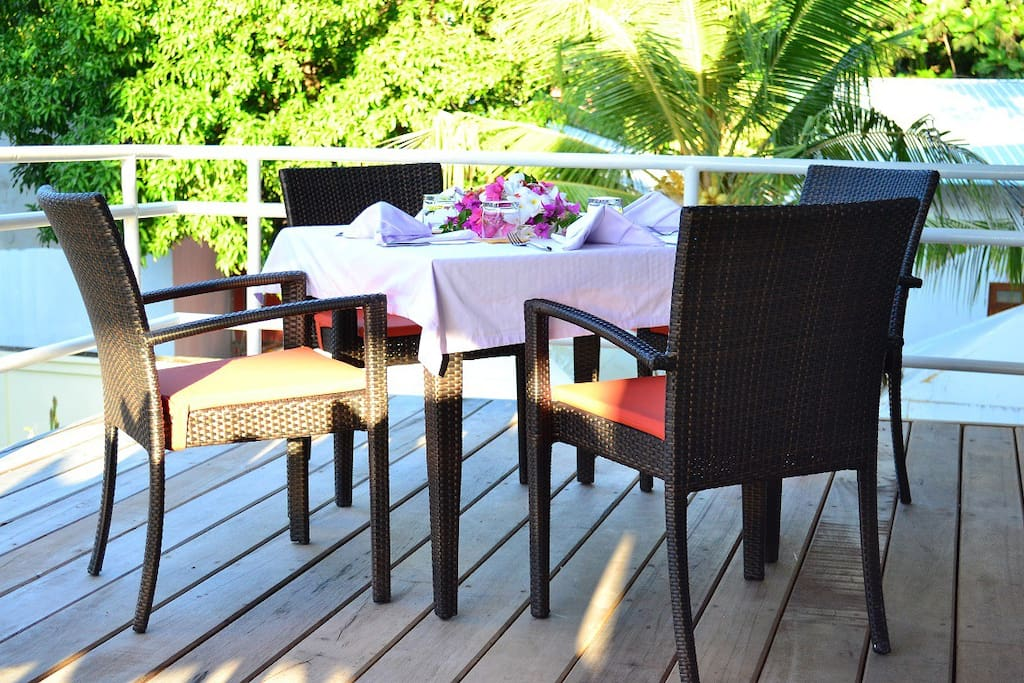 Out door dining on our upstairs terrace.