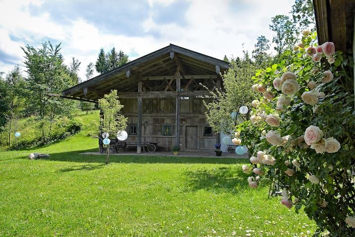 Traumhafte 5-Sterne Ferienwohnung  - Bernau am Chiemsee - Dům