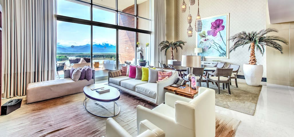 The Grand Luxxe Residence Two Bedroom Loft