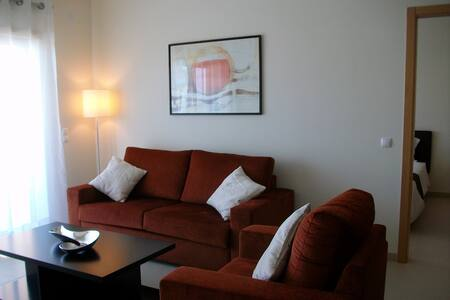 Modern 2 Bed + 2 Bathroom & Lounge - Boliqueime