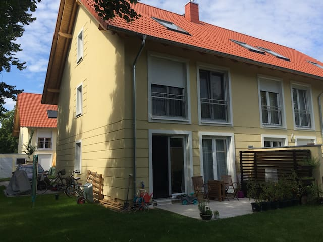 Townhouse in Potsdam near the citycenter & Berlin
