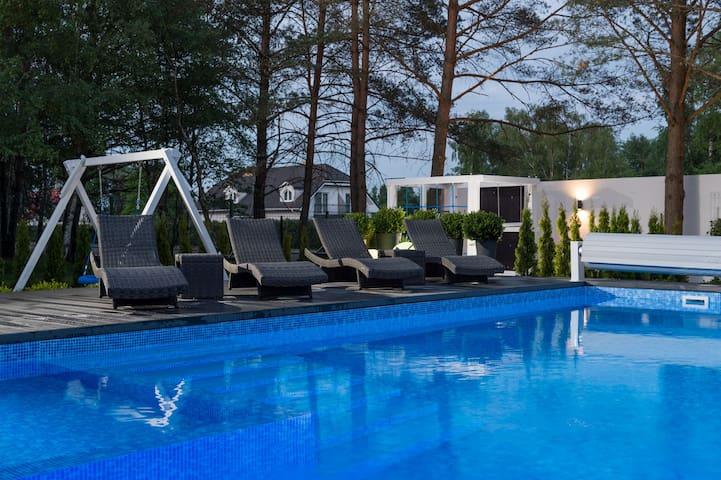 Luksusowy apartament 6 osobowy  350 m od morza - Dąbki