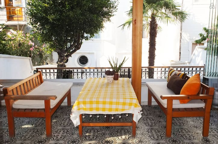 LOVELY HOUSE IN PRINCES ISLANDS - Heybeliada - Casa