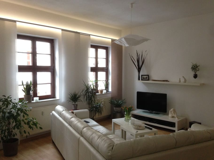mittendrin wohnen im barockviertels wifi neustadt wohnungen zur miete in dresden sachsen. Black Bedroom Furniture Sets. Home Design Ideas
