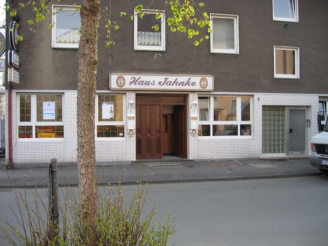 Haus Jahnke in Kamen, Monteurzimmer - Kamen