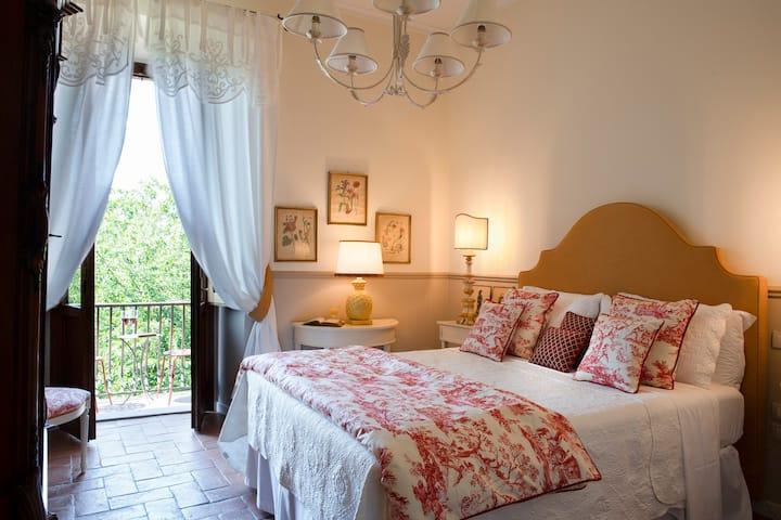 Room with Balcony n.2- Palazzo Malaspina