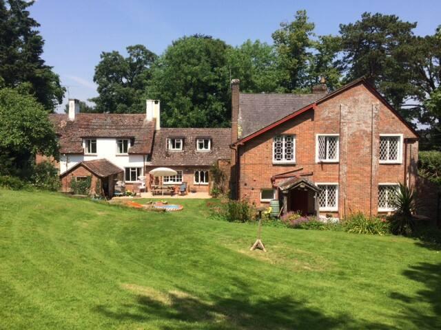 Countryside B&B in Athelhampton; Double, ensuite