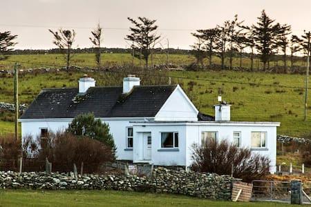 Killadoon House, - Louisburgh - Ev