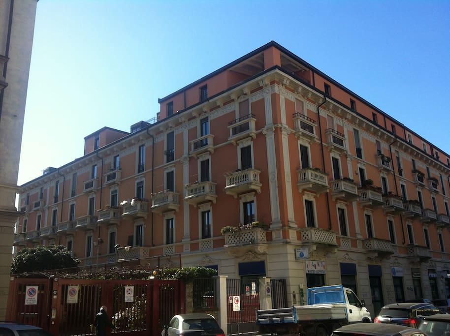 Milancitylflat tra navigli centro appartamenti in for Appartamenti affitto milano centro