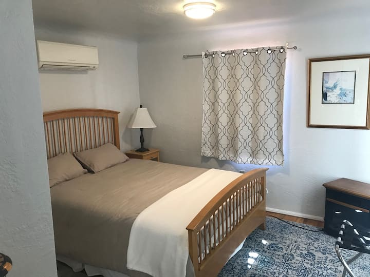 Cozy get-away in the heart of Downtown Albuquerque