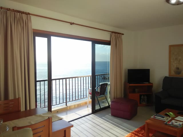 2BD Apartment with Great Sea View 2