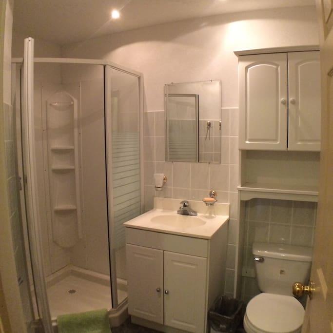 2-pc Bathroom
