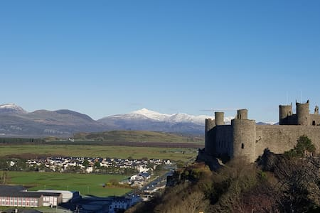 Harlech Traditional Welsh Stone Cottage - Dom