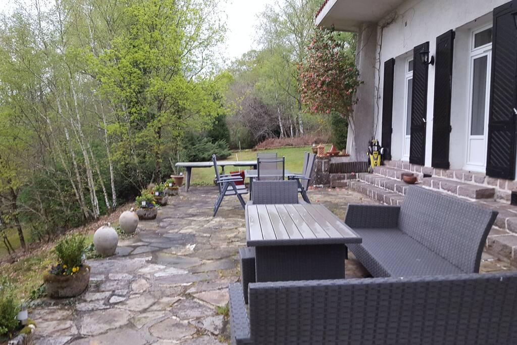Lakeside view terrace