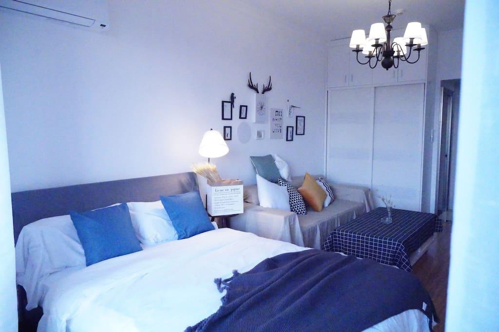 卧室大床细节