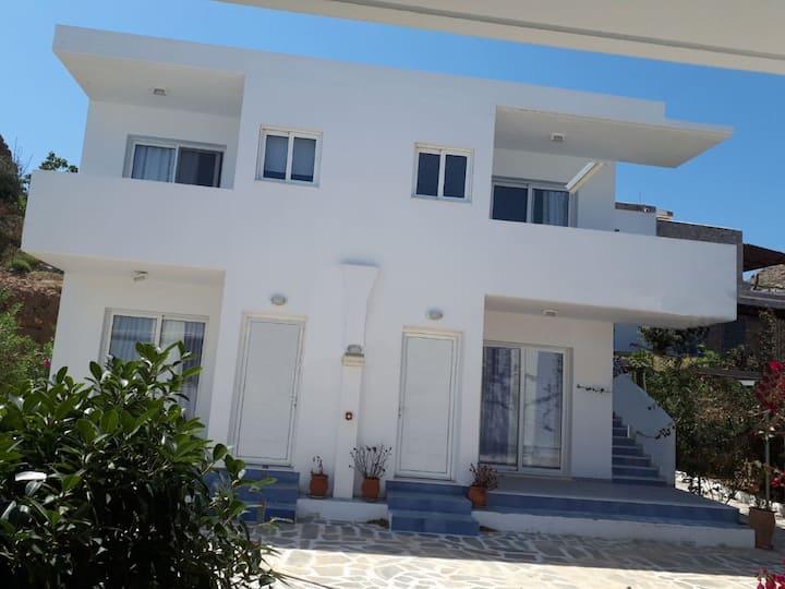 TULAS HOUSE !!! 2