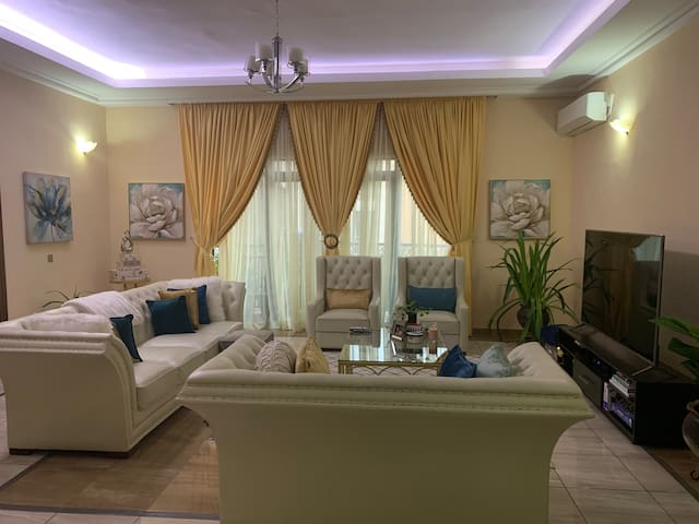 Home Away from Home: Serviced Apt Victoria Island