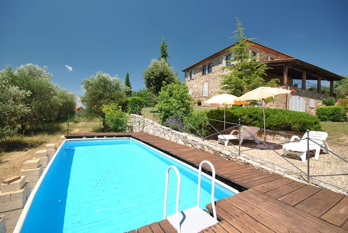 Lovely villa with amazing view over Siena