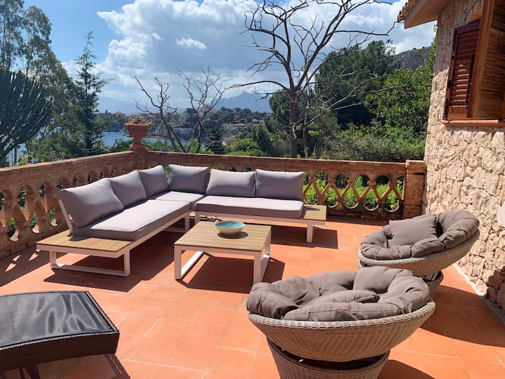 House with 3 bedrooms in Santa Flavia, with wonderful sea view, enclosed garden and WiFi - 200 m from the beach
