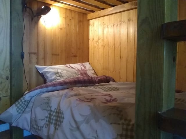 Bunkbed No1 (1 of 4) in The Tall Pines Bunkhouse