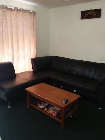 Small room in simple house in Mount Wellington