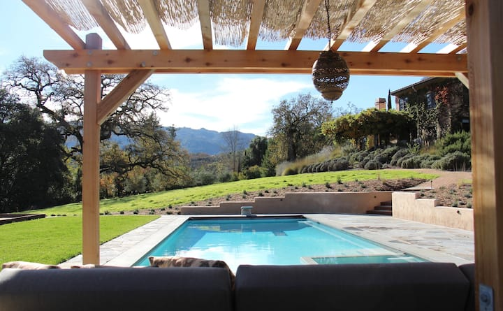 Tuscan Wine Country Villa for 6 with Pool