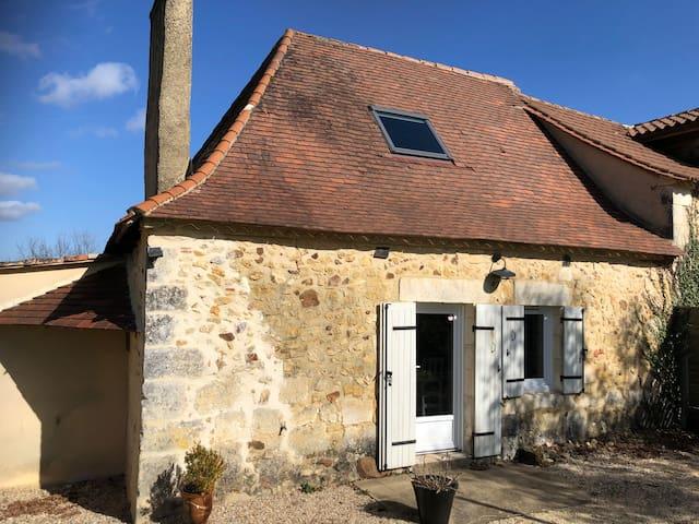 Small Gîte Le Précharmant -  Dordogne