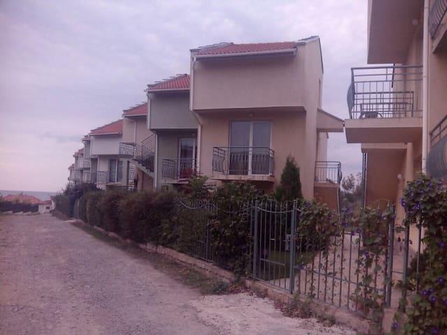 Апартаменты у моря - Burgaz