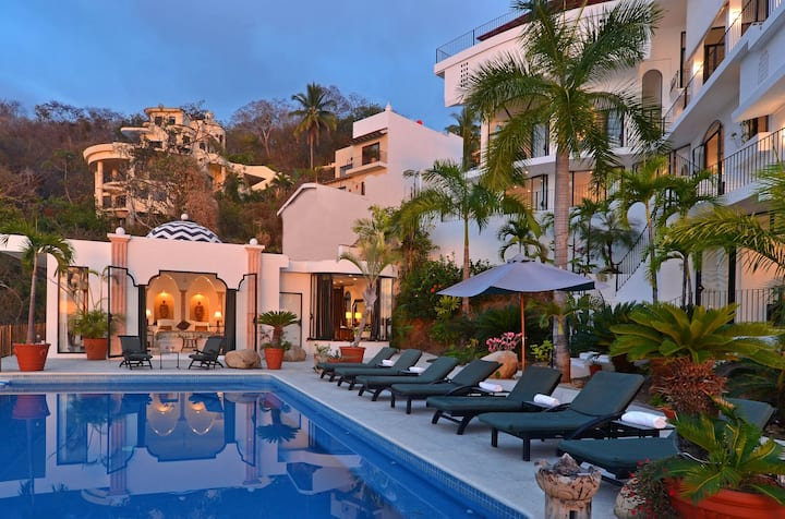 Luxury Ocean View Villa - Sleeps 22+ and Staffed!