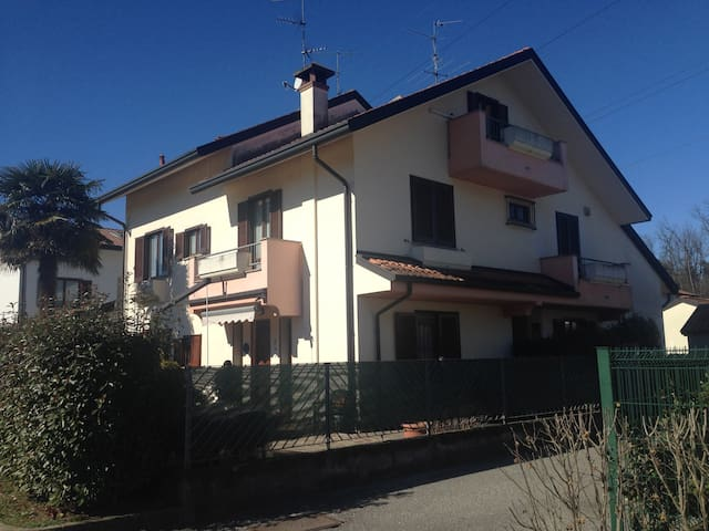 Apartment in three-family house - Biassono - Lakás