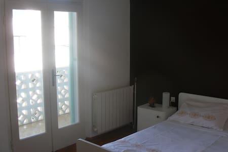 Brown Room in center of Vela Luka - Vela Luka