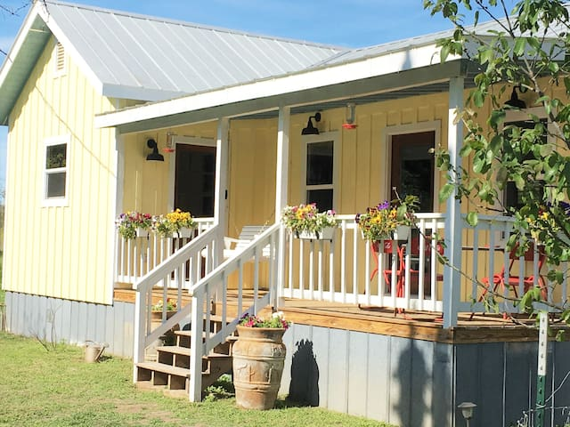 Tarpley Guesthouse |  Texas Hill Country | Pool
