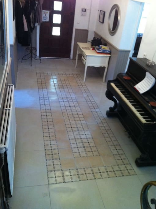 Hall with out of tune piano! The kids will love this!