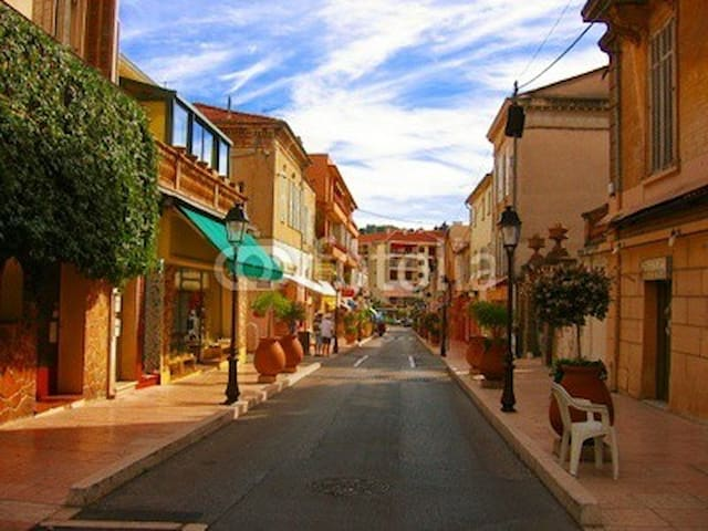 A walk downhill from the villa  to historic Vallauris - explore the famous pottery studios, shops, market, cafés...