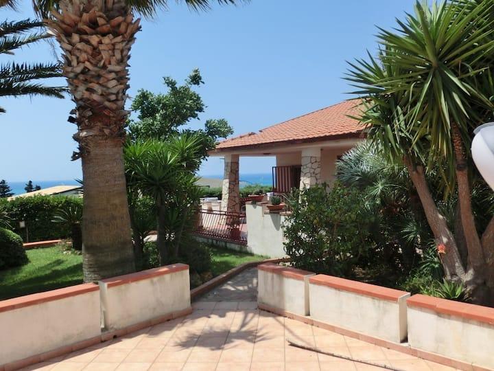 Villa Garden Mediterranea