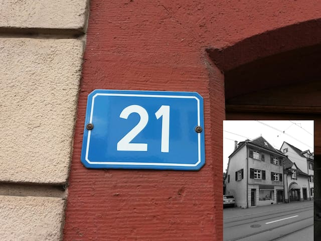 """ House 21 "" - Riehen - Appartement"